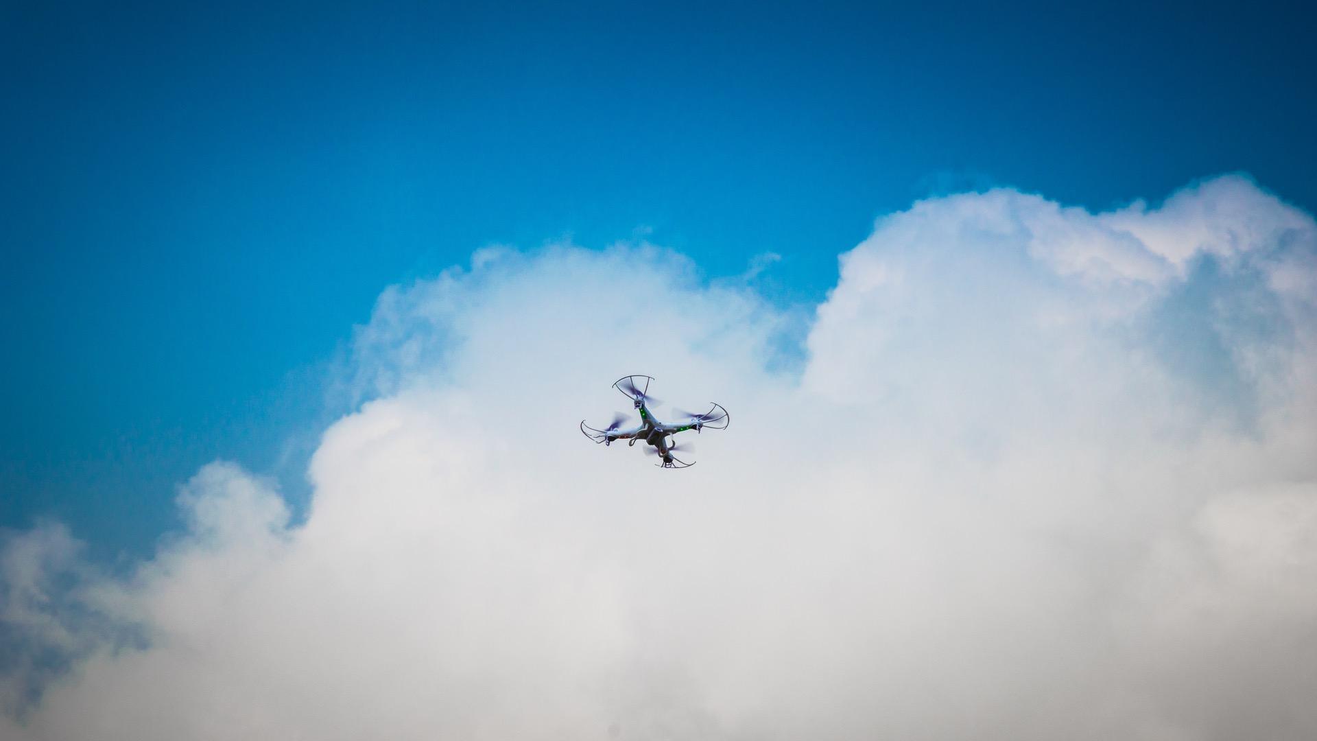Definiti da ENAC sette scenari standard per le operazioni specializzate critiche di Aeromobili a Pilotaggio Remoto